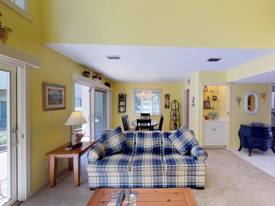Photo for Quiet townhouse w/ shared pool near a golf course & tennis courts!