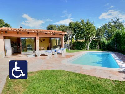 Photo for Beautiful house for 14 people with 7 bedrooms and private pool.