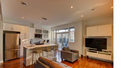 Photo for Super condo on Plateau Mont-Royal #2