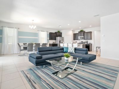 Photo for Divine 5b/4.5bath Solterra Home minutes from Major Orlando Theme Parks