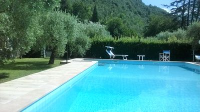 Photo for Apartment with pool, terrace, garden. Dogs welcome. Beach 8 km.