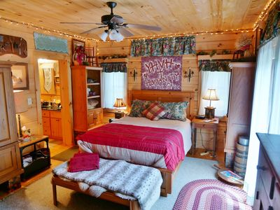 Private Room & Bath in Log Home