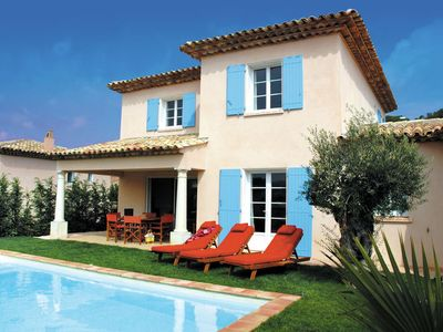 Photo for 2BR Villa Vacation Rental in SAINTE-MAXIME