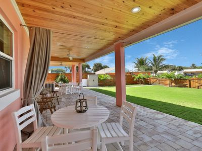 Photo for Newly renovated beach house in perfect location - walk to the beach