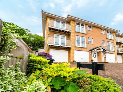 Photo for 3 bedroom Apartment in Shanklin - IC180