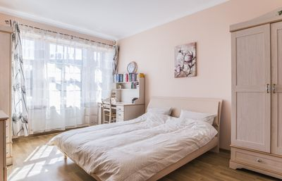 2BR Sunny Residence with parking
