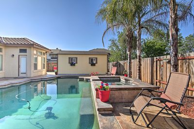 This vacation rental is located in the Sacramento County city of Elk Grove.