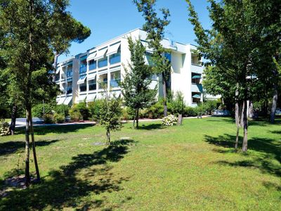 Photo for 2 bedroom Apartment, sleeps 6 in Bibione Pineda with Air Con