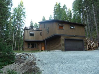 Photo for Country, luxurious, contemporary home with relaxing outdoor patio and wildlife.