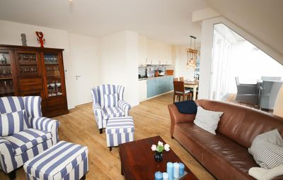 Photo for Experience your Baltic Sea holiday with a dog in this newly built apartment in Timmendorfer Strand! The light-flooded apartment guarantees a relaxing stay!