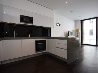 Photo for Sophisticated property in one of London's most exclusive areas, sleeps 6 (Veeve)