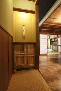 Photo for Centrally located! Lovingly Restored townhouse (2F)