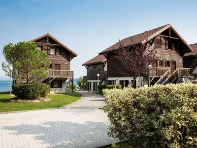 Photo for An apartment for 6 people in the spa town of Evian