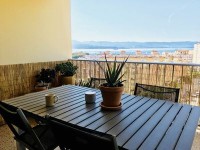 Photo for Large bright apartment, sea view