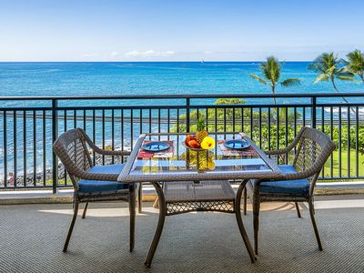 Photo for 25% OFF! Remodeled Oceanfront condo, ocean views, Kona Alii 304