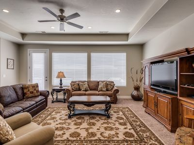Photo for Just Reduced! Free Wi-Fi, 2 heated pools, hot tub, Patio, BBQ Grill, TV!