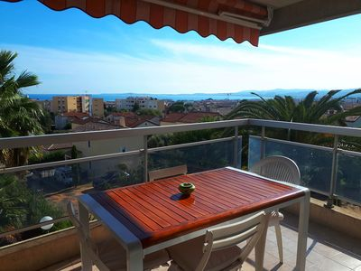 Photo for Between Nice and Cannes, panoramic sea view, swimming pool