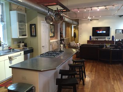 Perfect Downtown Super Bowl Loft Downtown