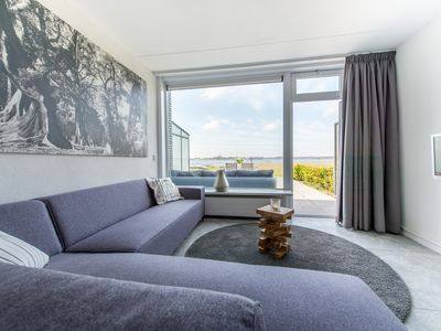 Photo for Lofthaus, 4 persons, directly on the Veerse sea, WLAN