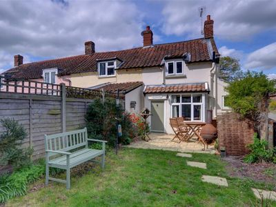 Photo for Briar Cottage - Two Bedroom House, Sleeps 3