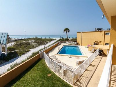 Photo for Island Surf #9: 2 BR / 1 BA  in Fort Walton Beach, Sleeps 6