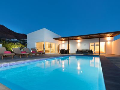 Photo for Upscale ocean-view villa with private heated pool near the beach!