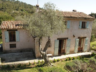 Photo for Beautiful traditional provencal villa in 200 yr old olive grove with big pool