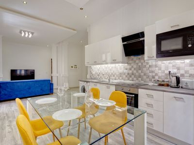 Photo for Stylish 2 Bedroom Apartment in an Amazing Location