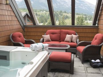 Sunset Resorts, Canmore, Alberta, Canada