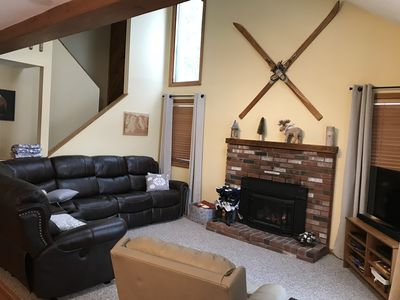 Photo for 3 Bed/2 Bath Townhouse in Lincoln, Sleeps 8, Minutes to Loon Mtn