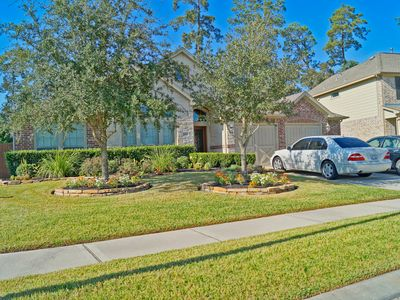 Photo for Spacious and Comfortable 4BR Home!
