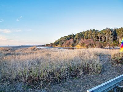 Photo for See the Pacfic Ocean from this lovely Condo