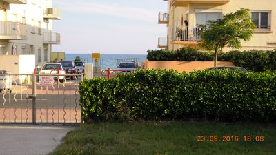 Photo for Palavas 2 rooms sea view in 2nd line- 20 meters from the beach