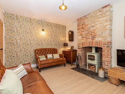Photo for ★Charming heritage Cottage - in the heart of Woodstock & nr to Soho Farmhouse ★