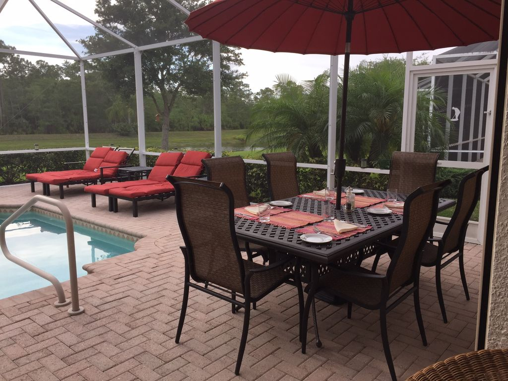 outdoor eating cedar hammock luxury 3 bedroom villa      homeaway naples  rh   homeaway