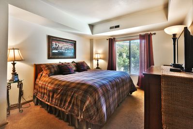 Bedroom set up as a king bed your choice on rental agreement