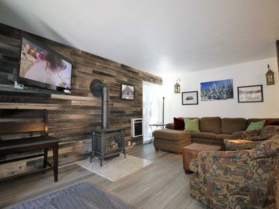 Photo for #109 MAMMOTH ESTATES: 2 BD/ 2 BA, REMODELED