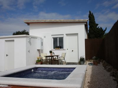 Photo for New cottage / studio with Jacuzzi / pool seat / with private garden