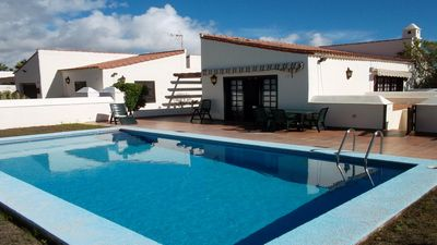 Photo for Cute 3-bedroom spacious Villa with private heated pool right on the Golf Courses