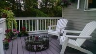 Great spot to unwind! Peaceful, private updated cottage with view!