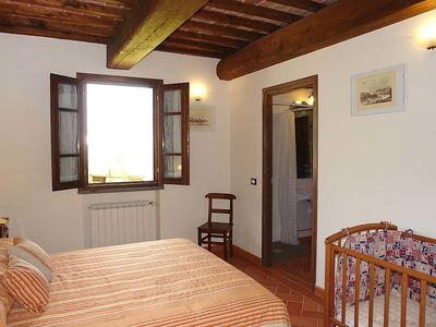 Photo for Apartment in Cerreto Guidi with Parking, Internet, Washing machine, Air conditioning (261733)
