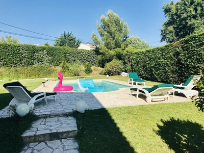 Photo for Beautiful air-conditioned villa with pool, near Aix-en-Provence, 4 bedrooms, 2 bathrooms