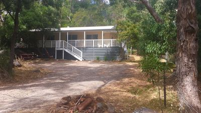Photo for Holiday Heights 3 Bedroom Cottage in Halls Gap Bush Setting