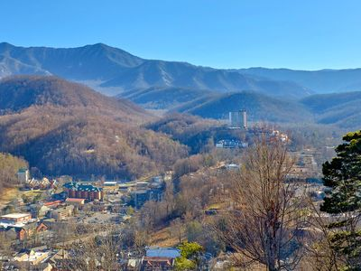 Incredible Mountain & City View Downtown Gatlinburg And Smokey Mountains