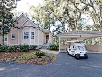 Minutes to Beach- Golf courses - Pet Friendly