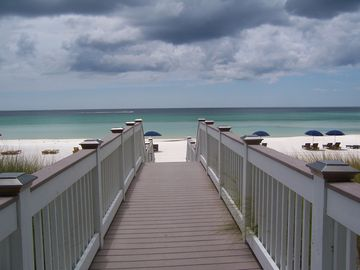 502 Sterling Breeze! Free Beach Service! Great Views!  Fifth Floor! Owner manage