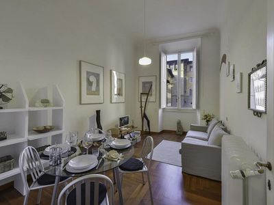 Photo for Spacious Caesar Suite apartment in Duomo with WiFi, integrated air conditioning & balcony.