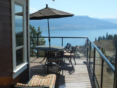 """Photo for Hill Top Cottage with """"Wow"""" Views. La Casa Dream Get-Away!"""