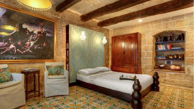 Photo for Historic, romantic holiday house for 2 in Malta's capital - Valletta G-House