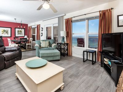 Photo for Islander 7004:Lavish retreat location-full kitchen, FREE BEACH Service & more